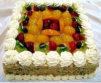 Gyümölcsös-sajtkrémes torta