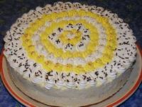 Túrókrémes babapiskóta-torta