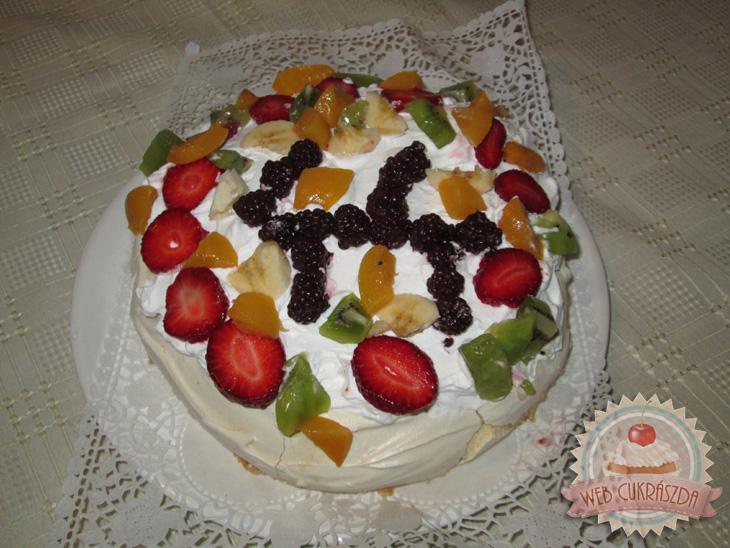pavlova-torta-2