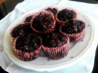Brownie-muffin áfonyával