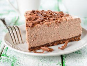 Pompás, krémes csokitorta sütés nélkül