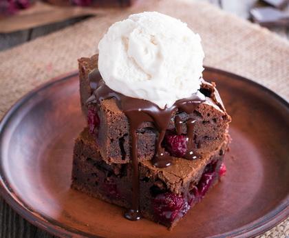 Csokis-meggyes brownie